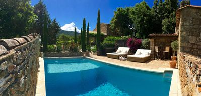 Photo for Stone villa with heated pool on pristine vineyards in a stunning location