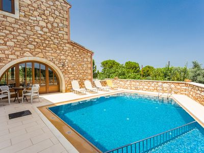 Photo for Villa Messogea! Private pool, children's pool & playground, close to shops!