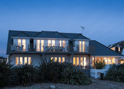 THE NEW ENGLAND BEACH HOUSE, ANGMERING ON SEA, WEST SUSSEX