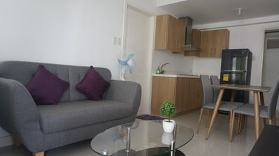 Photo for Cosy 2-Bedroom Unit at Commonwealth Q.C
