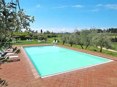 Photo for Nice apartment for 2 guests with pool, WIFI, TV, pets allowed and parking