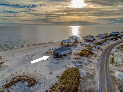 """Photo for Gulf Beachfront, Sleeps 8, Pet Friendly, Volleyball & Fun at """"Sunny Pit"""""""