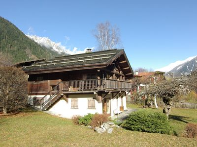 Photo for Chalet with large central fireplace and views of Mont Blanc