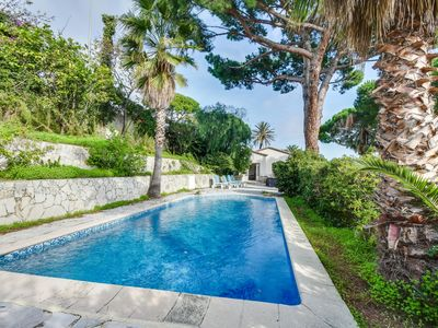 Photo for Sumptuous and luxury villa with Sea and Lérins Islands view