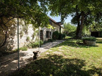 Photo for Charming Farmhouse with Garden, Private Pool and Lovely Rural Views