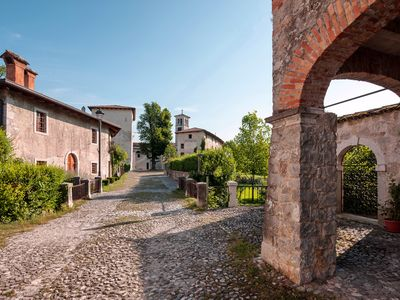 Photo for Lovely country house with garden, in castle not far from Venice and beach