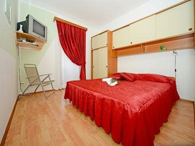 Photo for Holiday apartment Banjole for 4 persons with 2 bedrooms - Holiday apartment