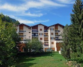 Photo for Apartment for 4 people located 100 meters from the ski lifts and with a lovely view