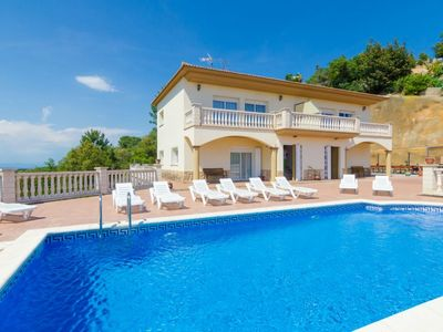 Photo for Club Villamar - Beautiful large villa with 2 kitchens, 2 lounges, fantastic views of the sea the mountains, 15 min driving to the beach
