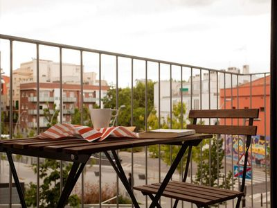Photo for Plaza España D apartment in Sants with WiFi, air conditioning, balcony & lift.
