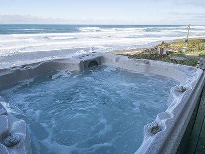 Ocean Front, Pet Friendly with Hot Tub