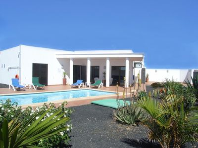 Yaiza Villa Al Totally Private Secluded Sub Tropical Garden And Large 8 M X 4