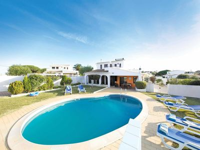 Photo for 3 bedroom Villa, sleeps 6 in Galé with Pool and WiFi