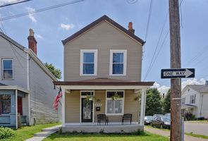 Photo for 3BR House Vacation Rental in Dayton, Kentucky