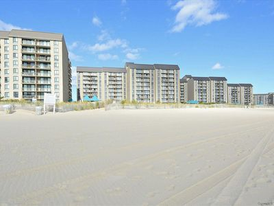 Photo for FREE DAILY ACTIVITIES INCLUDED!!!  Beautifully updated 2 bdr plus den, 2 full baths condo in Sea Colony