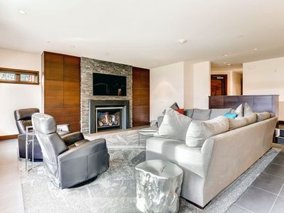 Photo for Ski-in/ski-out ground level condo, shared hot tub and pool!