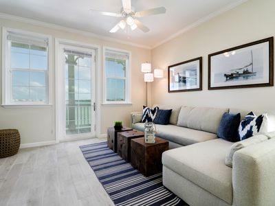Photo for 2 Bedroom 2.5 Bath Luxury Townhome in the Keys