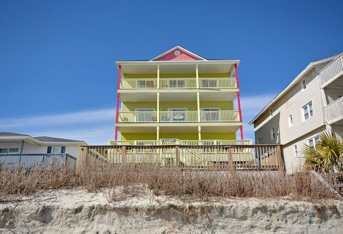 Sandy Paws And Feet Pet Friendly Oceanfront Game Room