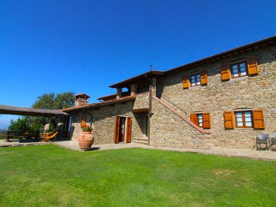 Photo for Nice apartment for 7 guests with WIFI, pool, TV, pets allowed and parking, close to Arezzo