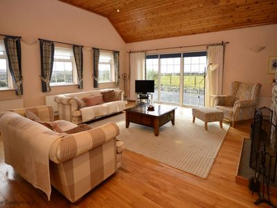 Photo for Cottage 201 - Claddaghduff - sleeps 4 guests  in 3 bedrooms