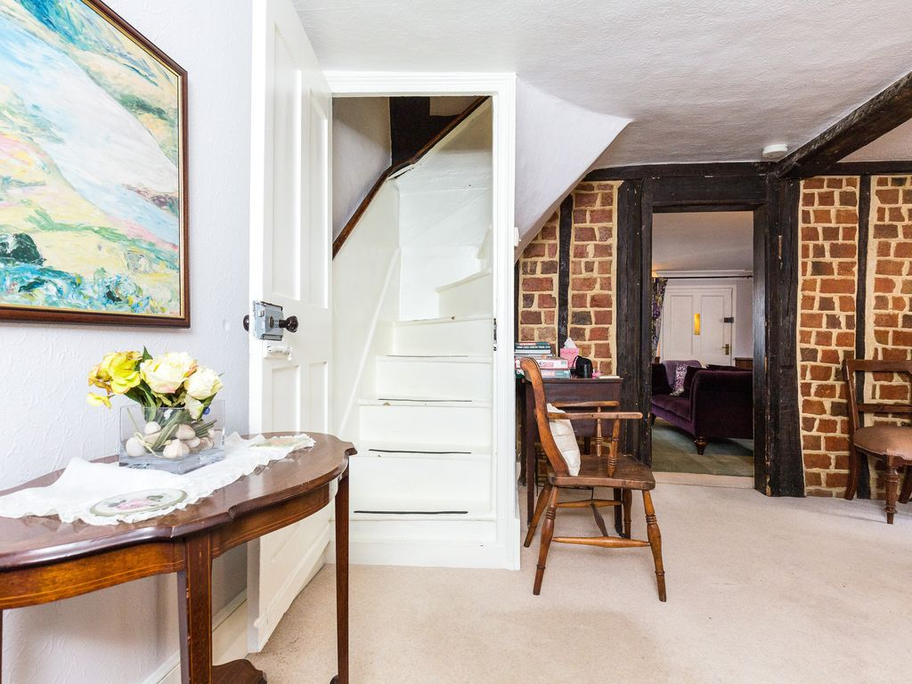 Charming cottage for 4 guests: The Old Bakery London, The Cottage ...