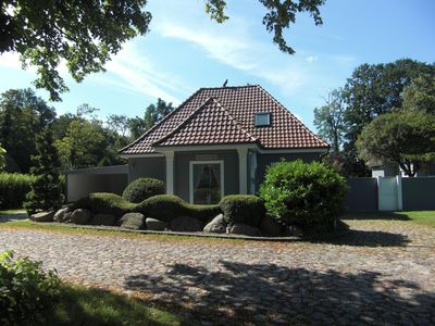 Photo for Detached holiday home with upscale amenities near Kühlungsborn