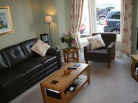 Great accommodation - specially for a big group. Central to town - just perfect !