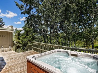 Photo for Perfect Summer Getaway! Private Hot Tub, Free Shuttle to Shops/Dining, Washer/Dryer.Private End Unit