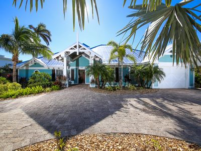 Photo for ***  LAST MIN SPECIALS ON THIS BEAUTIFUL HOME LOCATED 9 HOMES TO THE BEACH ***