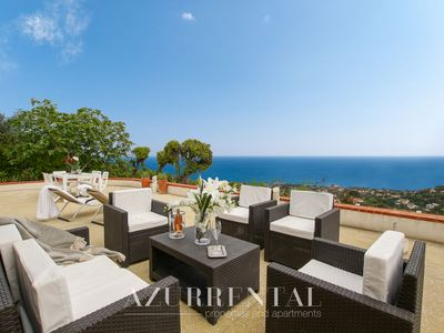Photo for Lovely villa for 8 persons with a breathtaking sea view