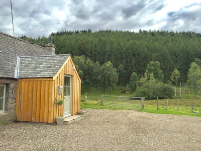 Photo for Luxury cottage in rural Perthshire (Dunkeld) sleeps 6, with uncompromising views
