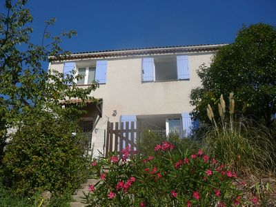 Photo for Air-conditioned house with pool, near Hyères, 6 people, 4 bedrooms