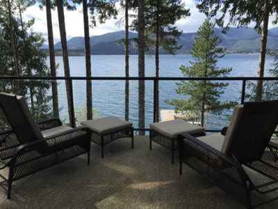 Photo for Luxury Lake Front  Accomodation - Bald Mountain Beach House