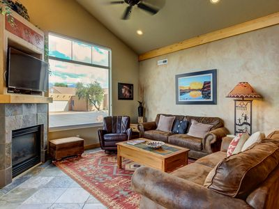 Photo for Adobe-style townhome w/private hot tub, shared seasonal pool/hot tub access!