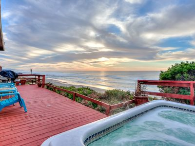 Photo for Panoramic Oceanfront Views, 2 King Suites & Hot Tub in Central Lincoln City!