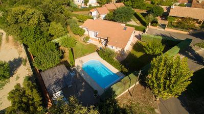 Photo for Provencal villa sleeps 8 + pool