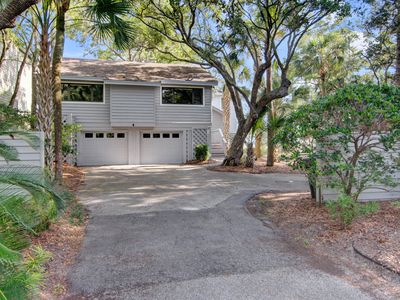 Photo for Marsh front home w/ endless views, spacious outdoor living areas- bike to beach!