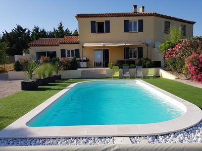 Photo for Renovated villa with private pool, quiet