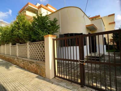 Photo for Villa for 8 people with garden, located in a side street of the Gallipoli seafront.
