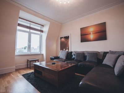 Photo for Prime 2 Bedroom City Centre Apartment