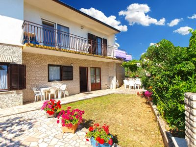Photo for 2BR Apartment Vacation Rental in Pjescana Uvala, Istrien
