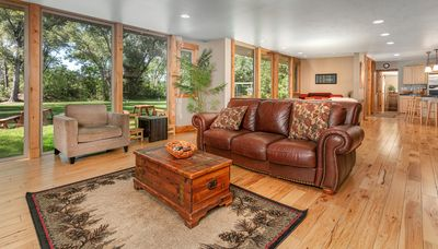 Photo for Spectacular Mountain Style Home Near DT Boulder!