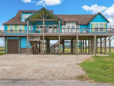 """Photo for """"Blue Lagoon"""" Perfect house with plenty of room for you and your family!"""