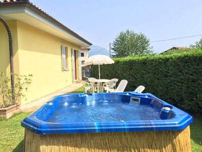 Photo for 2-room apartment with solarium with whirlpool in a quiet and sunny location