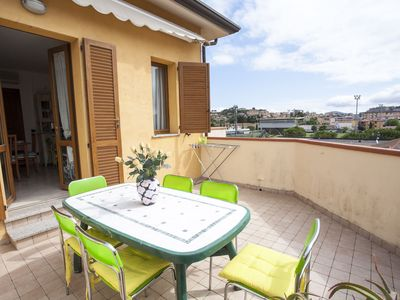 Photo for Three-room Ornella 4/6 Beds with outdoor area in Portoferraio