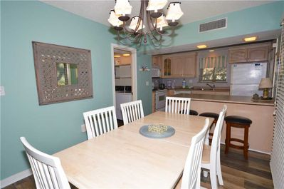 Hickory Cove 8 - Dining Room
