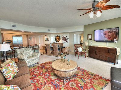 """Photo for NEW LISTING! Great Views of the Gulf  - 65"""" Smart TV - 1 PM Check In Option"""