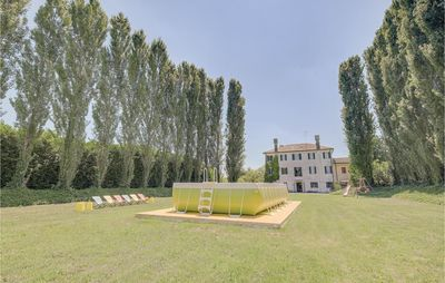 Photo for 6 bedroom accommodation in Quinto di Treviso (TV)