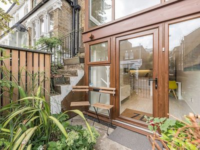 Photo for 1 Bedroom House in West London