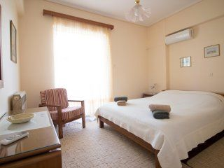 Photo for Homely 2 bdr Apt 350m from the beach